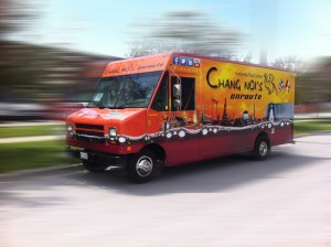 chang-noi-food-truck-wraps