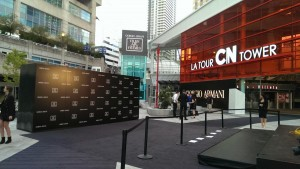 media-wall-giorgio-armani-cn-tower